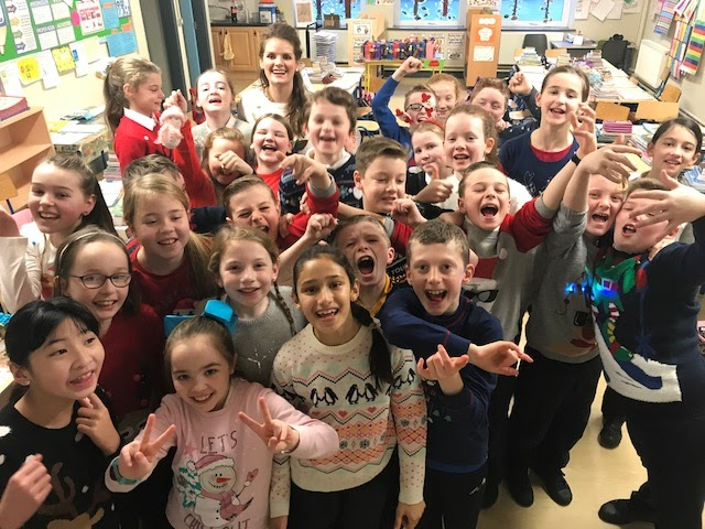 National Christmas Jumper Day 2019.Christmas Jumper Day 2017 St Teresa S National School